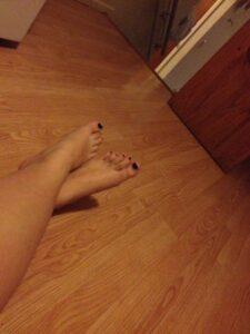 kiersten feet