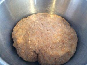 Oatmeal rolls rising