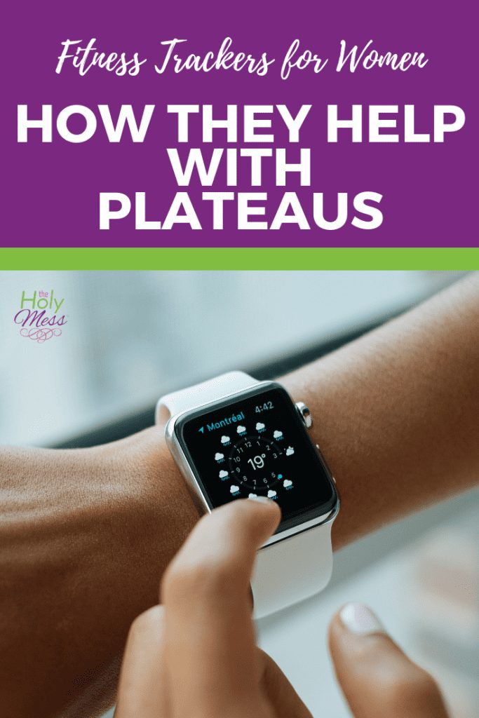 Fitness Trackers for Women: How They Help with Plateaus