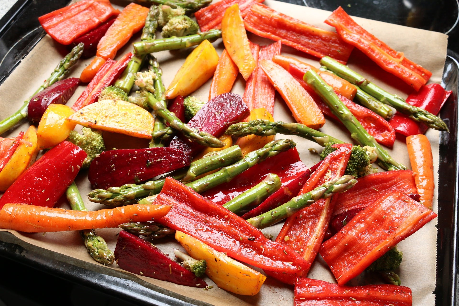 10 Easy Ways to Eat More Vegetables|The Holy Mess