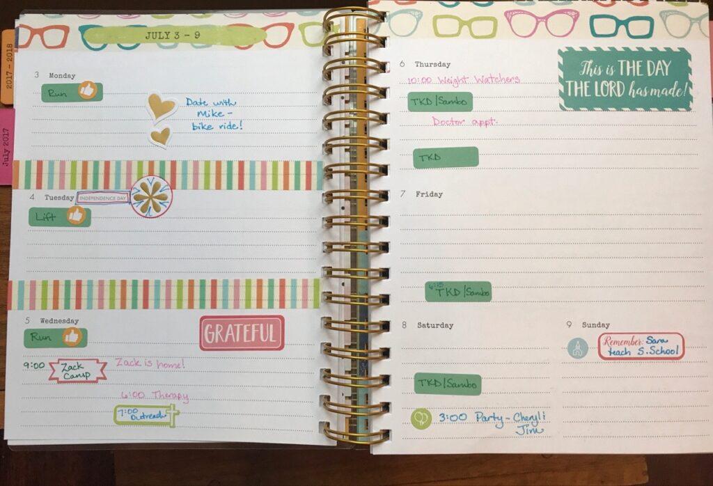 DaySpring Agenda Planner weekly layout