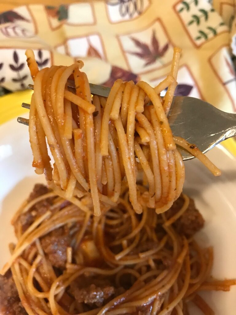 Instant Pot One Pot Spaghetti and Meat Sauce|The Holy Mess