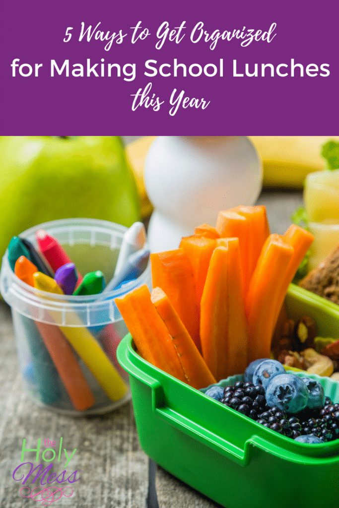 5 Ways to Get Organized for School Lunches This Year #organize #school #backtoschool #momtips