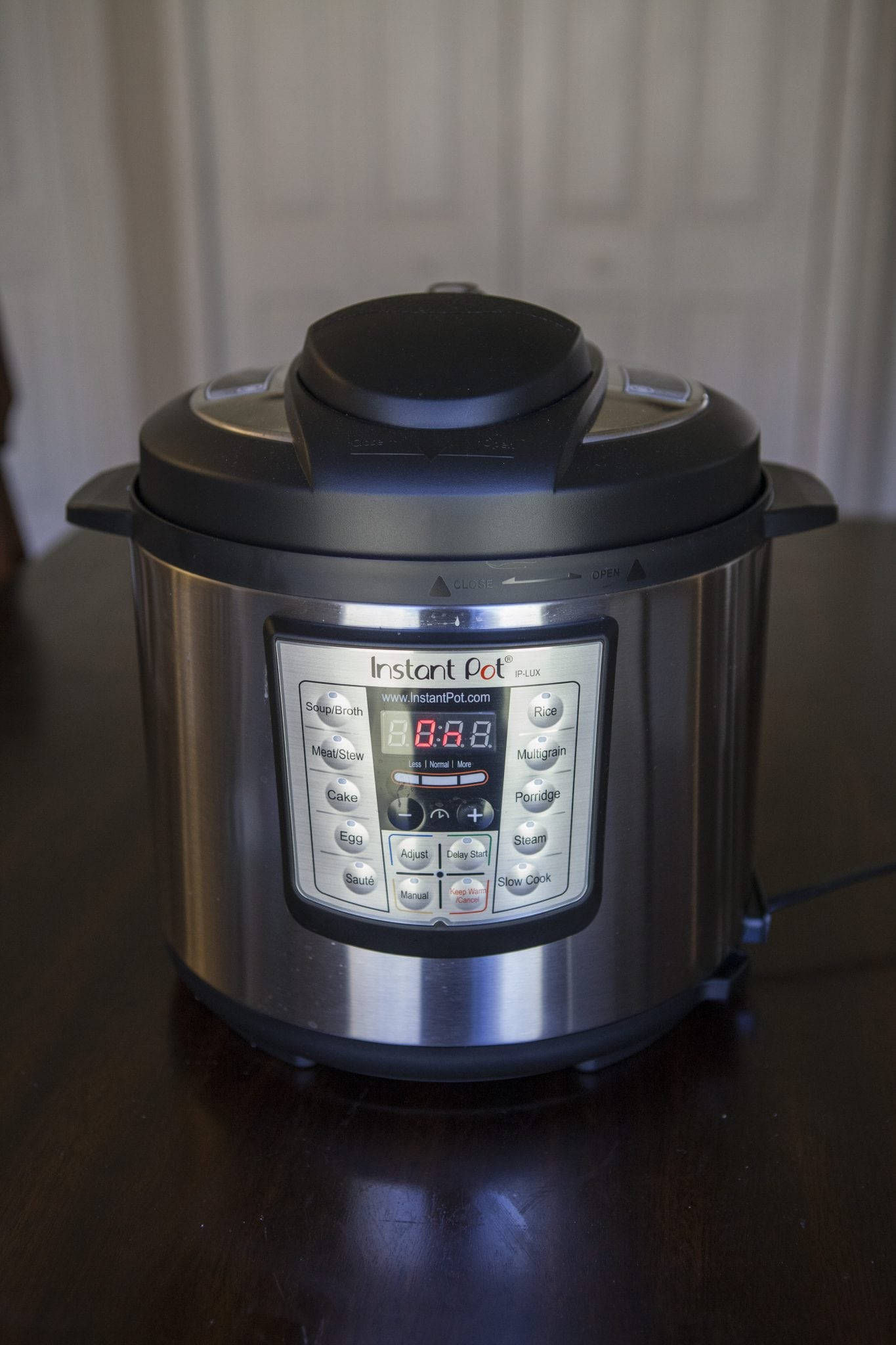 instant pot sitting on table