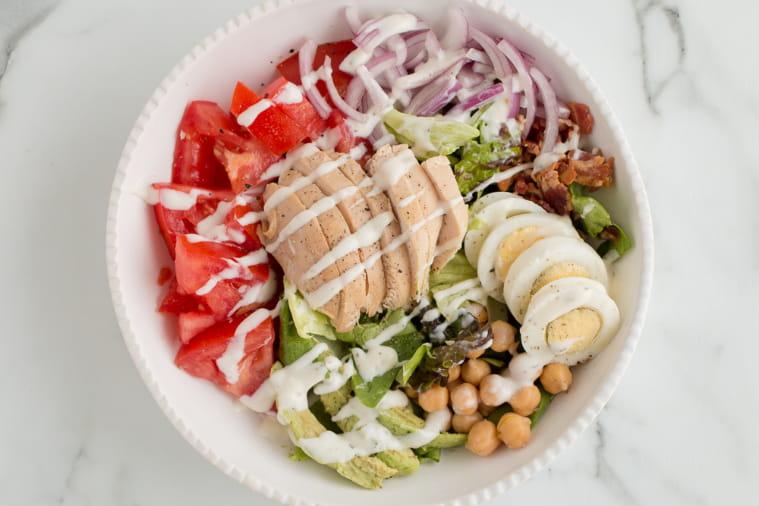 Weight Watchers Chicken Cob salad low points in bowl