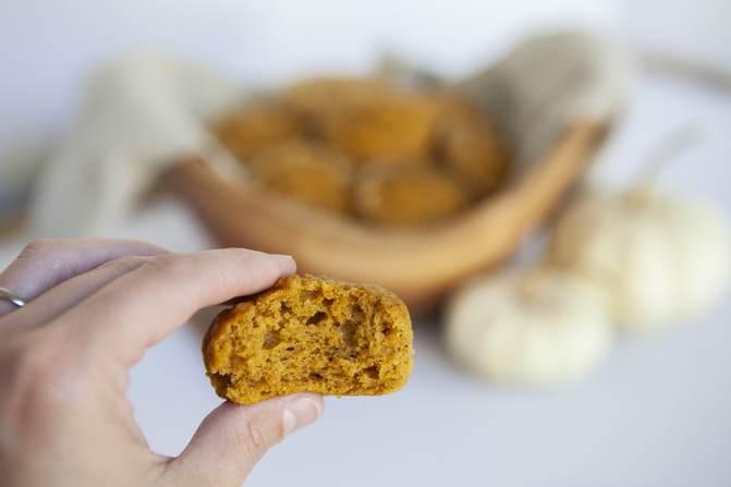 Pumpkin muffin with bite