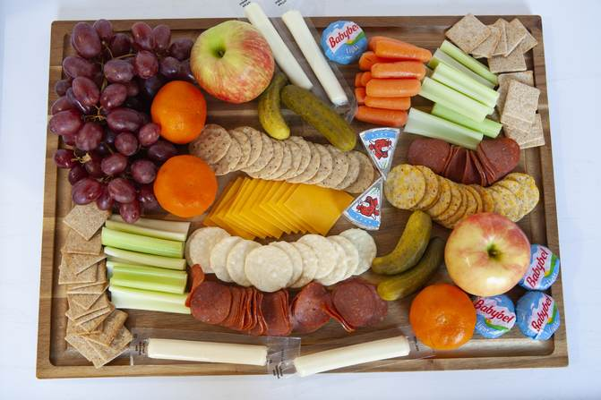 WW cheese and crackers snack board